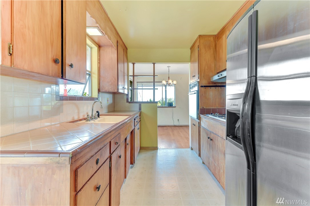 7127 30th Ave SW-7