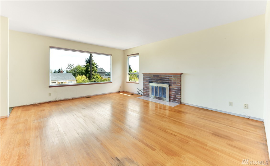 7127 30th Ave SW-4