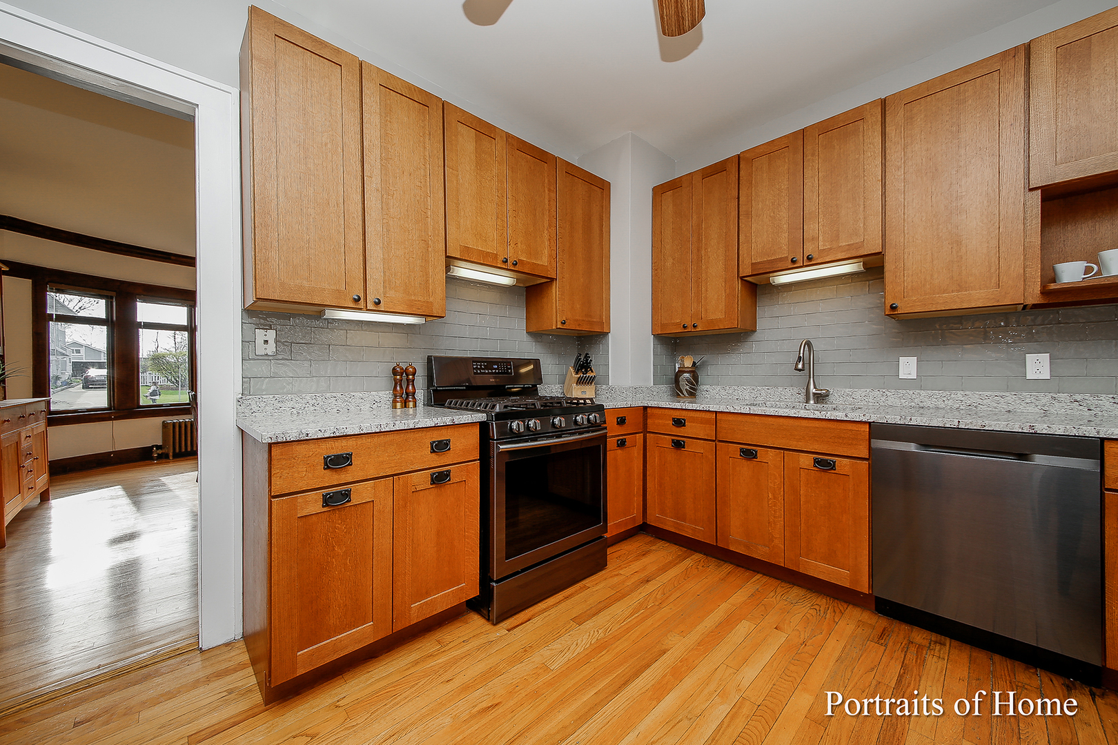 402 East Evergreen Street-7