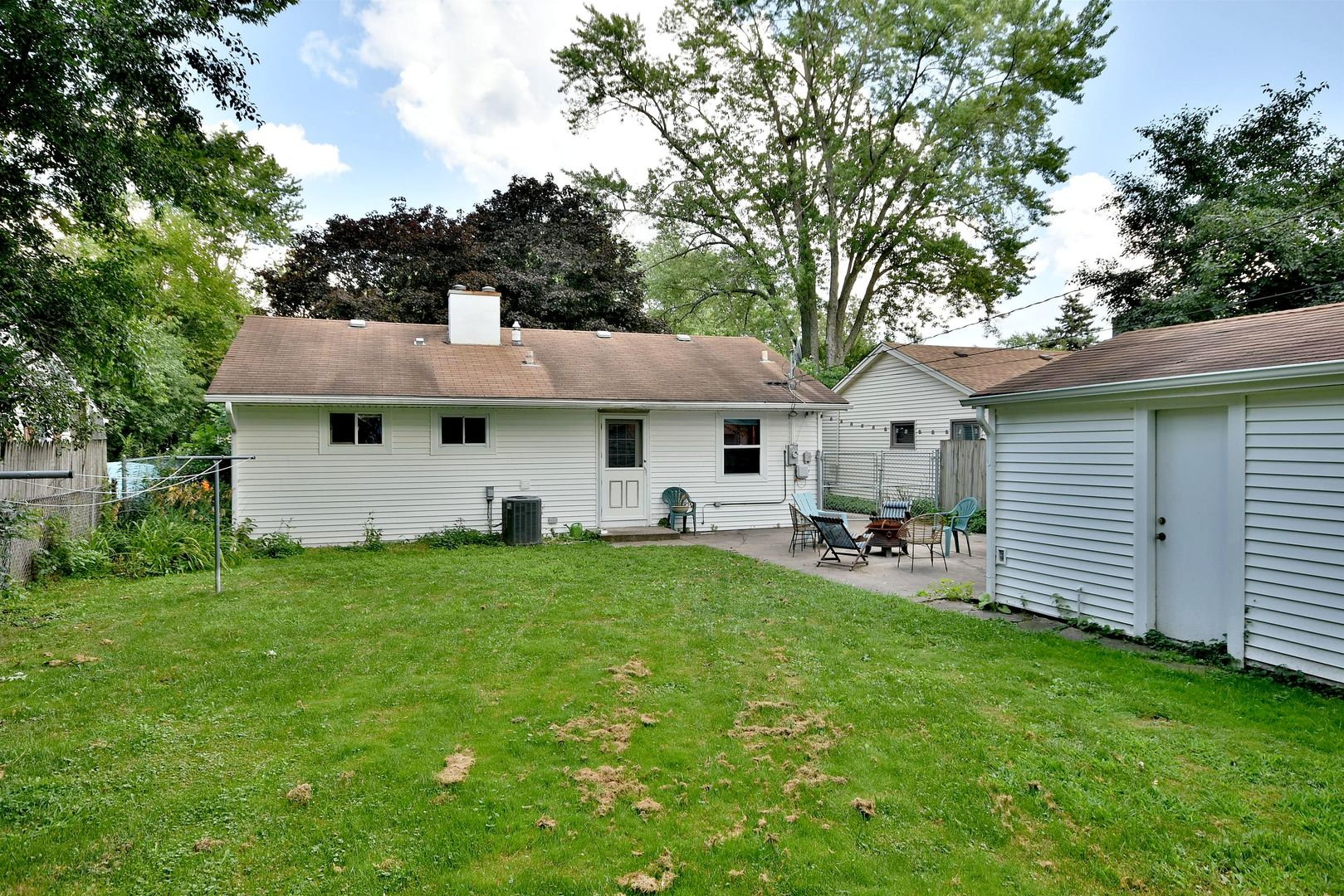 5704  plymouth Street-15